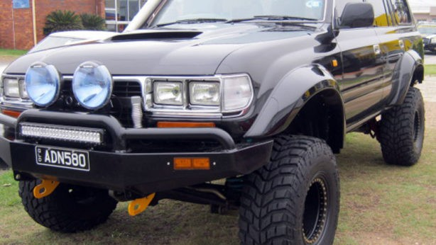 Landcruiser 80 series 125mm wide factory style body flares